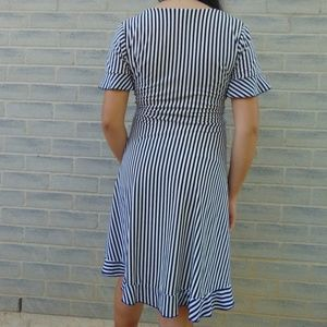 Dresses - Flowy Striped Dress